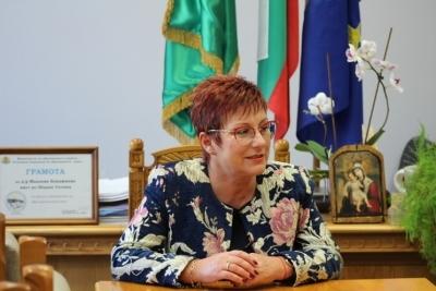 Поздравителен адрес от кмета на Община Тетевен д-р Мадлена Бояджиева по случай 3-ти март