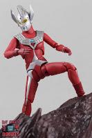 S.H. Figuarts Ultraman Taro 16