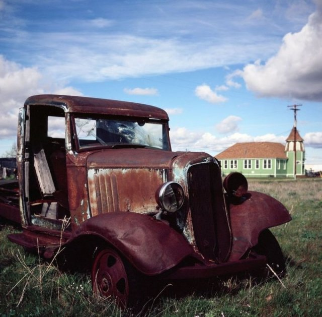 Shaniko is a ghost town with forgotten cars at the local museum