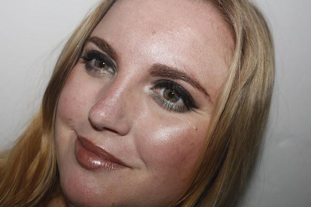makeup_revolution_pro_glow_2_notinoes