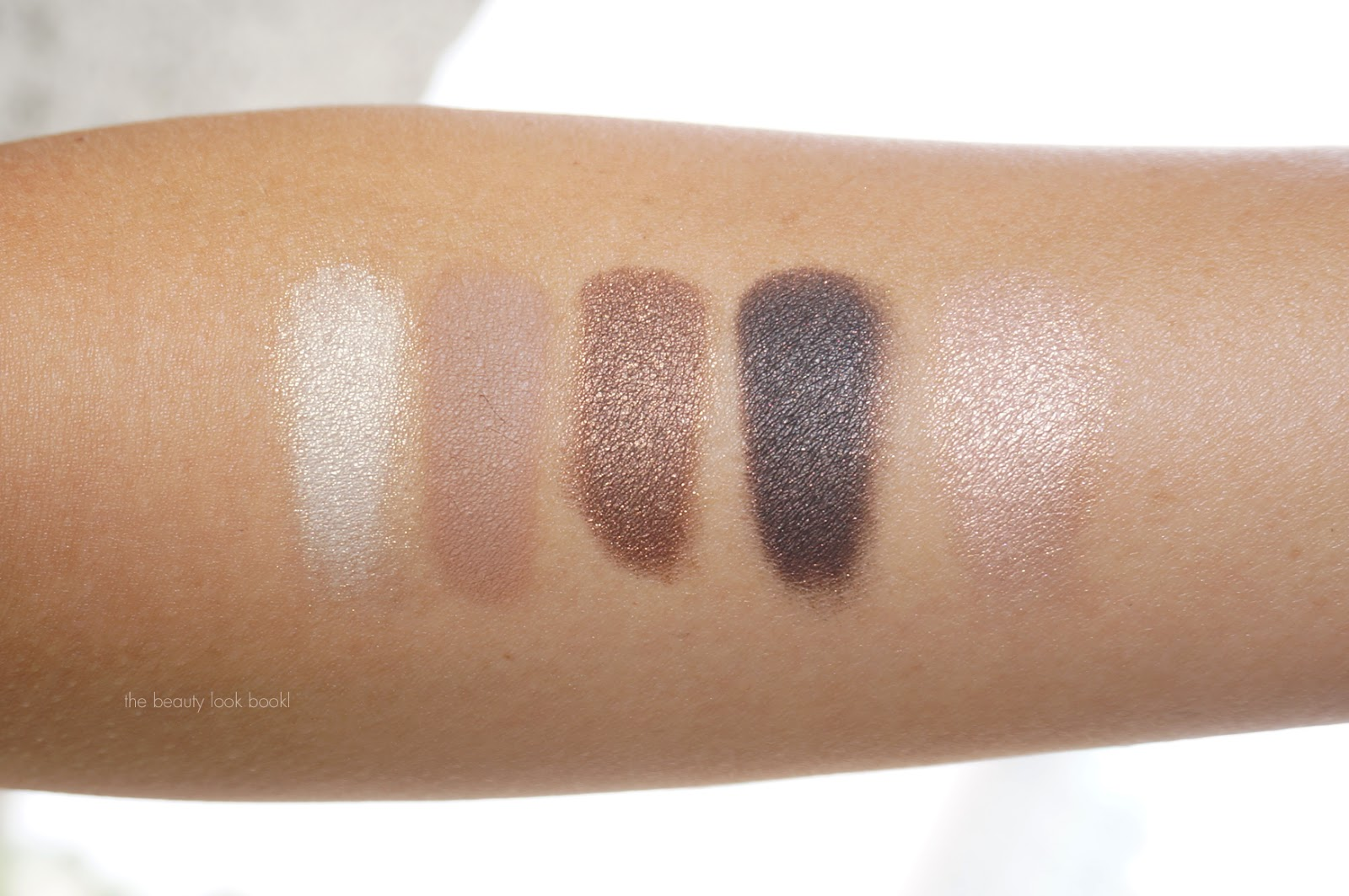 95b99f679db Les 5 Ombres de Chanel Eyeshadow Palette in Entrelacs for Fall 2015 ...