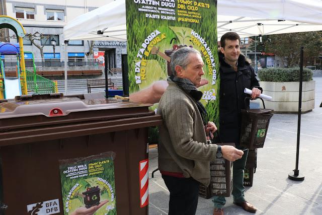 Presentación de la campaña de información sobre el contenedor marrón
