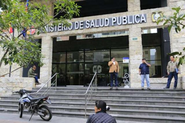 Fiscalía allana Ministerio de Salud y ARCSA