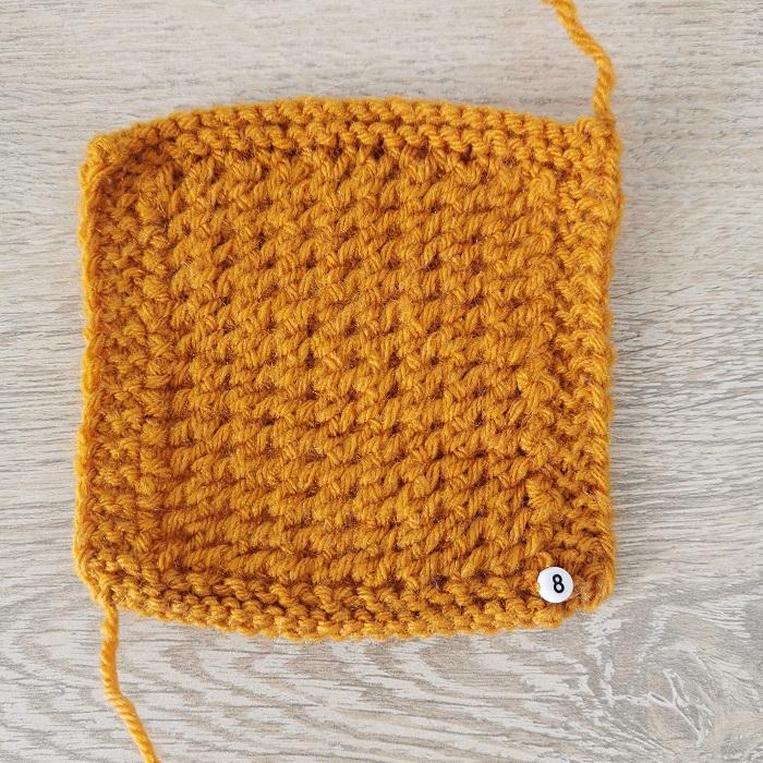 point souple au tricot, vue de face, par Chat Tricote Par Ici, Hello c'est Marine