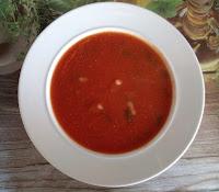 Sopa de Beterraba com Alho-Francês