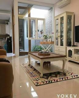 Desain rumah minimalis dengan gazebo mungil