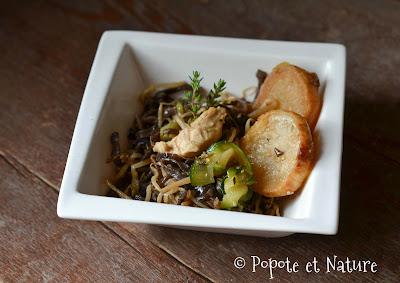 Poêlée au poulet parfumée à la chinoise, navets glacés,  courgettes sautées et champignons noirs © Popote et Nature