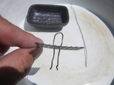 針金 曲げる