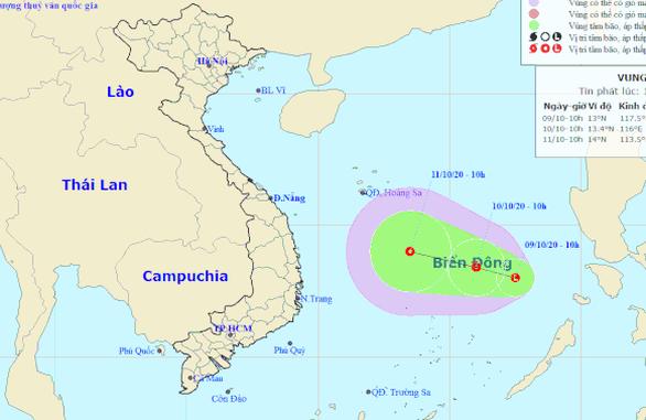 Mưa lũ chưa qua, Biển Đông hình thành vùng áp thấp mới hướng vào miền Trung