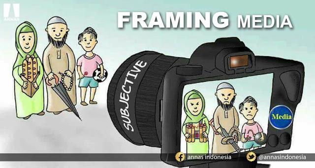 """""""Saudara Diusir dari Angkot dan Dijauhi Tukang Penthol Hanya Karena Jilbab"""""""