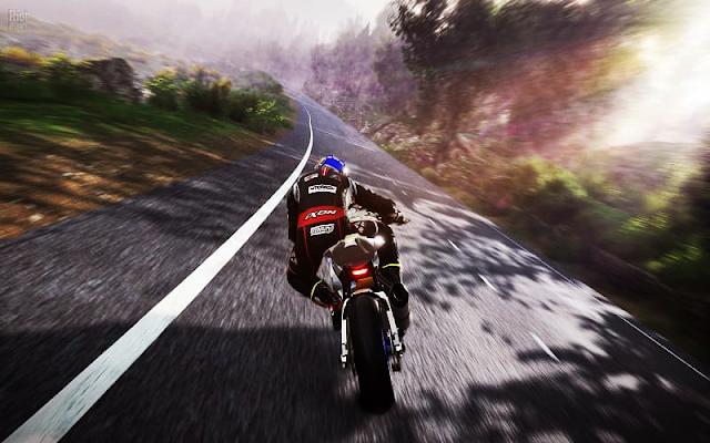تحميل لعبة TT Isle of Man – Ride On the Edge 2