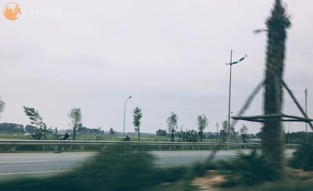 ハノイ空港道路 Hanoi-airport-highway