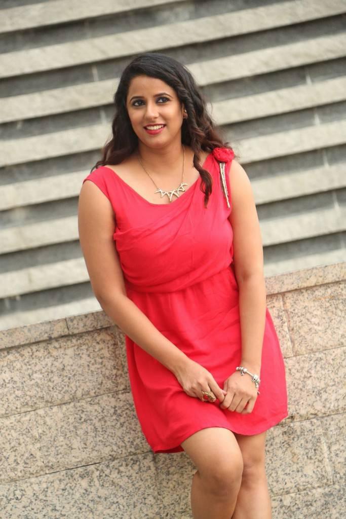 Shravya Reddy Photos At IKAT 2012 Inauguration - HD Latest ...