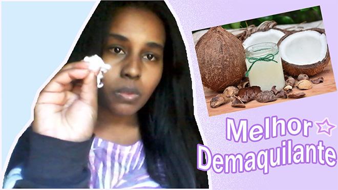 Mulher, algodão na mão, imagem óleo de coco no vidro, e fruta do coco em volta