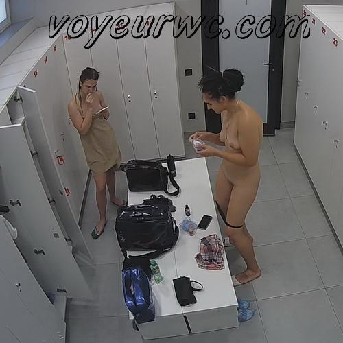 Naked girls in the locker room of the fitness club (LockerRoom Fitness Club UA 02)