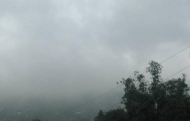 Erupsi Gunung Merapi Akibatkan Hujan Abu di Solo