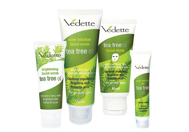 sua rua mat cho da nhay cam gia binh dan Vedette Acne Solution Facial Wash Tea Tree Oil