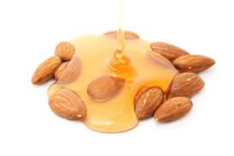 Cara menghilangkan lingkaran hitam (mata panda) pada mata guna minyak almond