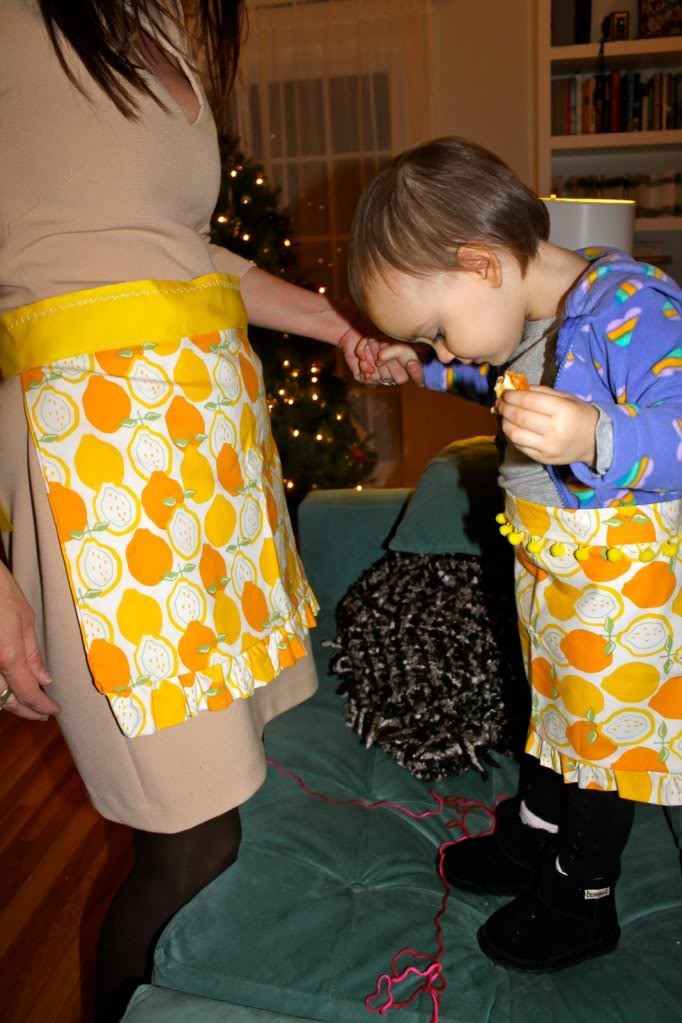 Mom & Daughter Ruffly Aprons