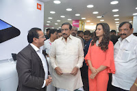 Catherine Tresa in Orange Kurti top and Plazzo at Launches B New MobileStore at Kurnool 10.08.2017 005.JPG