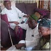 News In Pictures: Obasanjo Sits On The Bare Floor As He Visits PA Fasoranti