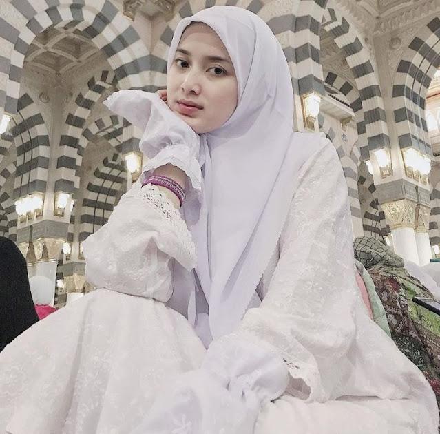 Rosiana Dewi - Biodata, Agama, Suami Dan Profil Lengkap