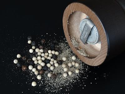 Tipos de pimienta y cómo molerla