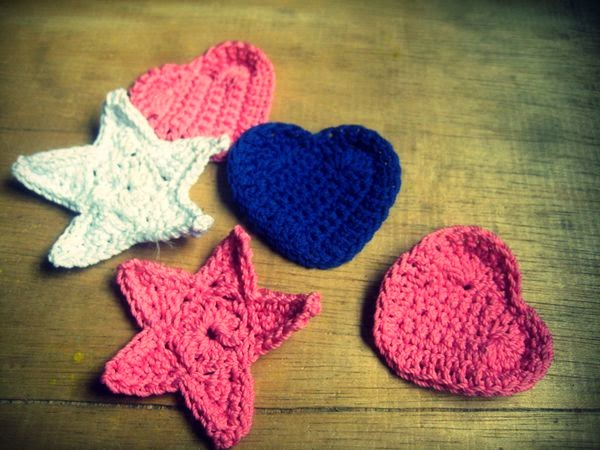 crochet applique heart