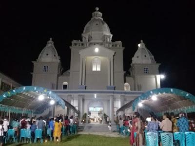 Perayaan Malam Paskah: Pastor Kewole Ajak Umat Katolik Tual Bertobat dari Judi Togel