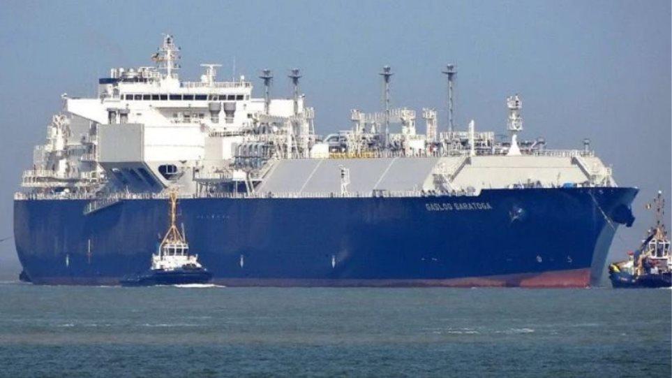 Πλοίο «θηρίο» προσάραξε ανοιχτά του Ηρακλείου