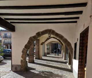 La Plaza Mayor porticada de Sagunto. Sagunt. Provincia de Valencia.