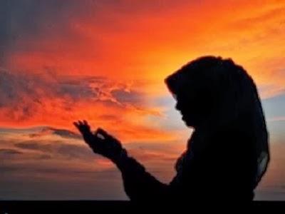 Siapa Dahulu Yang Harus Ditaati Perempuan setelah Menikah, Suami atau Orang Tuanya?