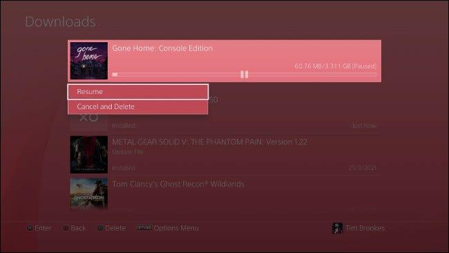 وقفة واستئناف تنزيل PS4
