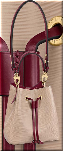 Louis Vuitton NéoNoé BB bucket bag in galet gray and grenad red trim #bags #louisvuitton #brilliantluxury