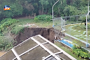 Tanah Longsor Terjang Taman Bengawan Solo Padangan