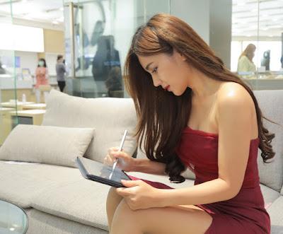 เจาะไลฟ์สไตล์มนุษย์เงินเดือนยุคใหม่ พร้อมลุยงานได้ทุกที่ แค่มี Tablet ดีๆ คู่กาย