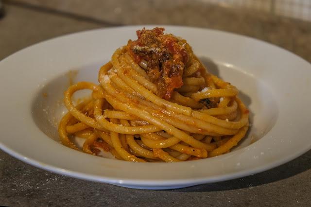 Ricetta della pasta con il sugo alla amatriciana