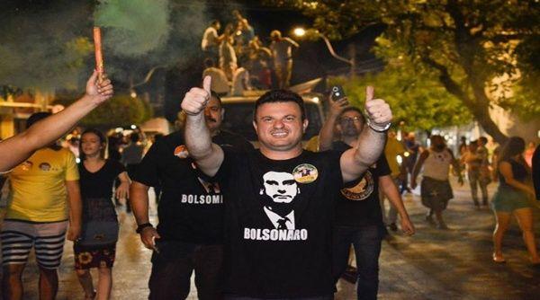 Acusan a concejal bolsonarista de dirigir motín en Brasil