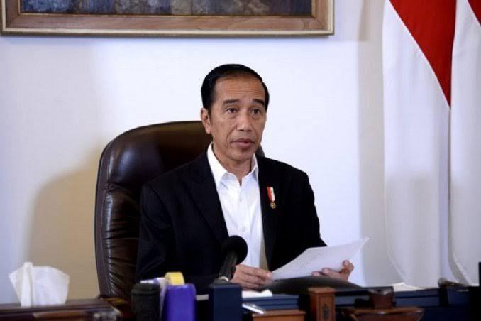 Jokowi Nyatakan Siap Pertaruhkan Reputasi Politik demi Rakyat