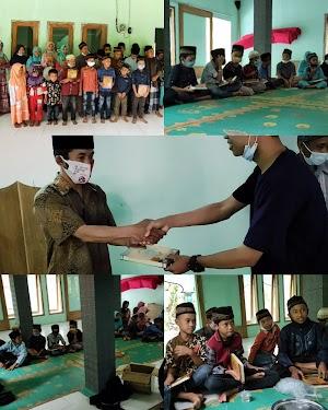 Penyaluran Mushaf Al-Quran Untuk Santri TPA Masjid Al Amin Sriten Wonoanti