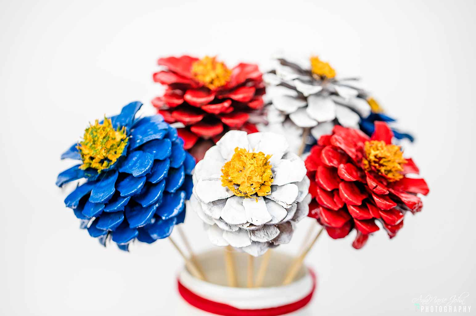 Patriotic Pinecone Flowers Floral Arrangement
