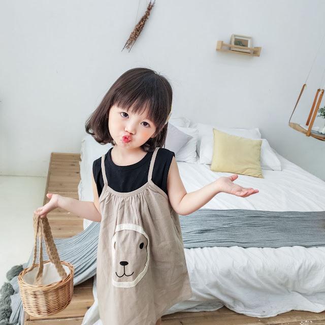 Áo phối mặc cùng váy xinh cho bé gái