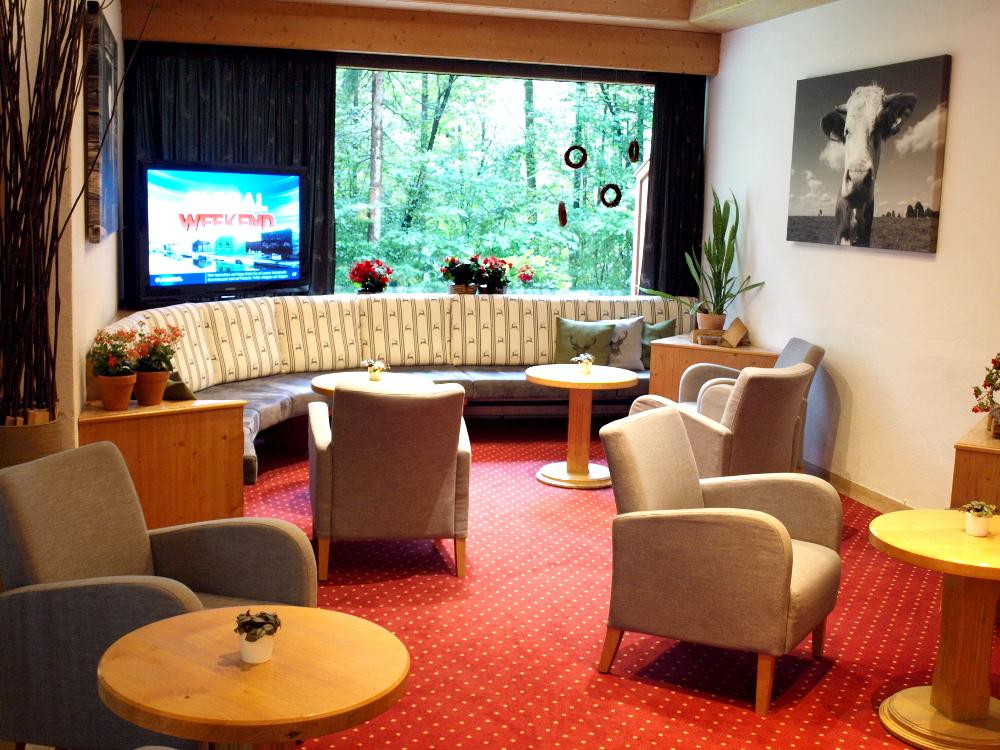 https://1.bp.blogspot.com/-Y_1XrCLVOsU/X5U0-0TXo5I/AAAAAAAADCs/3HWZ5nZdljQlDg-LP7M4kSYPhR5NoIndgCLcBGAsYHQ/s16000/TV_Lobby_Arabella_Brauneck_Hotel.JPG