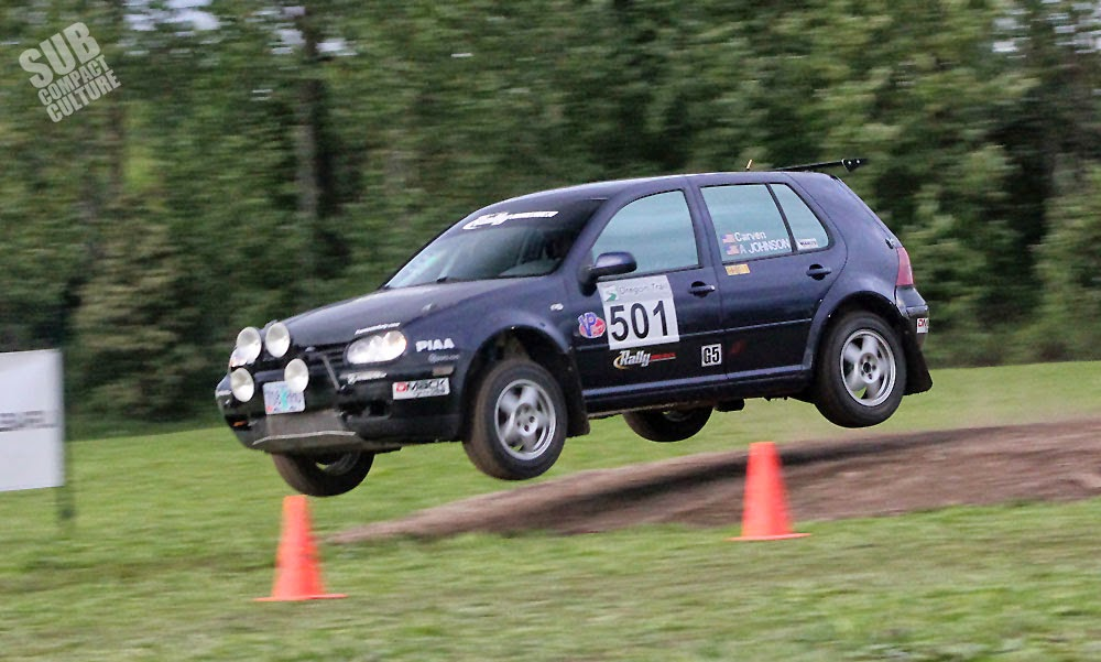 Jumping VW Golf TDI