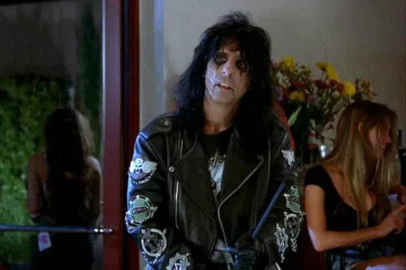 Alice Cooper en la película El mundo de Wayne