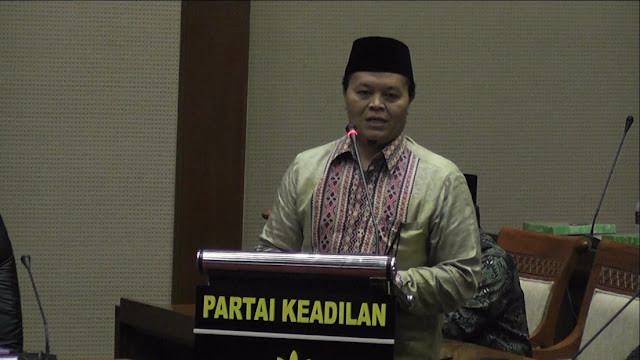 Paripurna Ditunda, Hidayat : Fraksi PKS tetap tolak revisi UU KPK