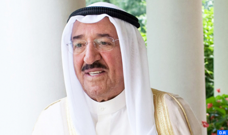 أمير دولة الكويت يجري عملية جراحية ناجحة