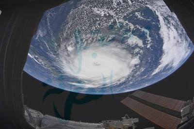 شاهد صورة من الفضاء لإعصار دوريان  Dorian الرهيب نشرتها وكالة ناسا Nasa