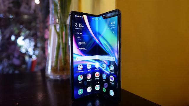 Samsung Galaxy Fold Papel de Parede, hd. Download grátis