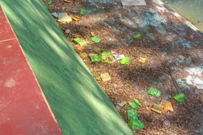 Mabuk Komix Masih Marak di Bone, Puluhan Bungkus Ditemukan Warga - bone terkini